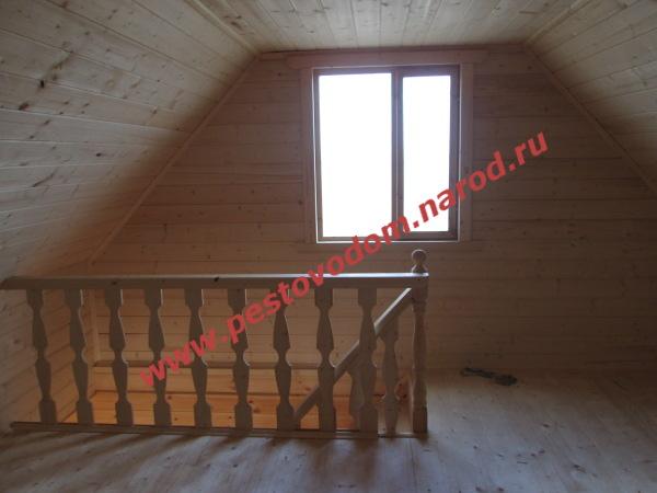 Мансардный этаж при прямой двухскатной крыше