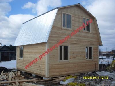 Дом с кровлей оцинкованный гофра лист
